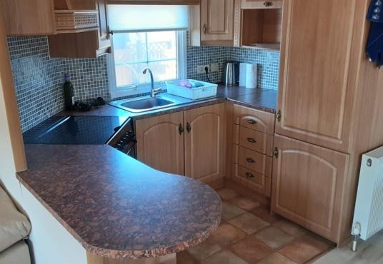 Willerby Granada mobile home 49LP-image-4